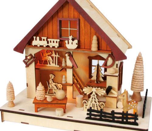 Casita de madera con luz fabrica relojesdeco - Casitas de madera pequenas ...